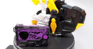 【ゼロワン】DX滅亡迅雷フォースライザーの発売日や音声をレビュー!